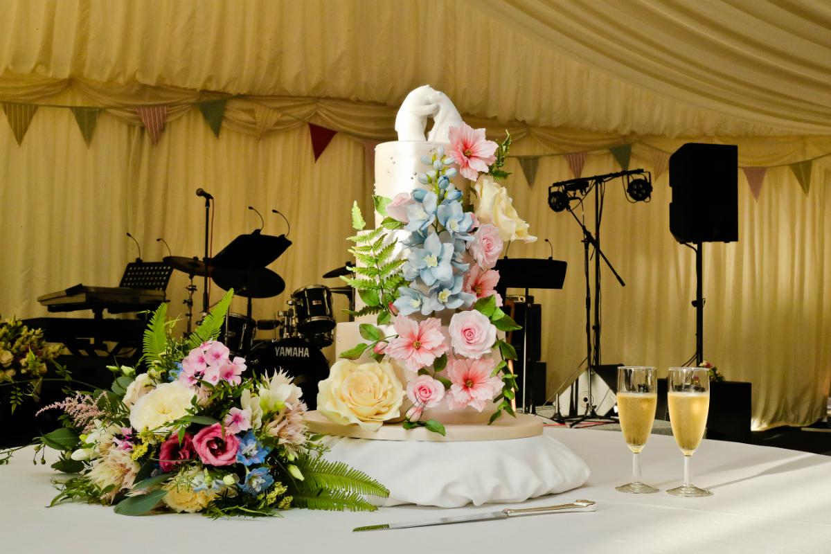Wildflower wedding cake